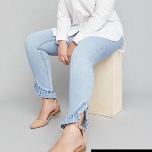 NWT lane Bryant skinny jeans size 24